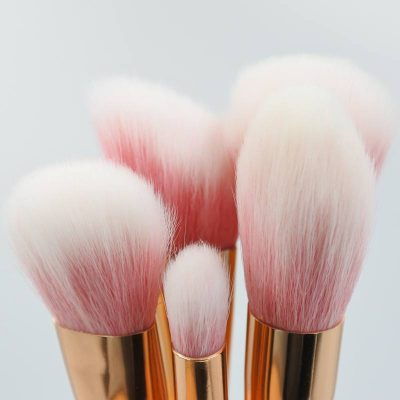 makeupcompostgraphicshero2FaceMakeupBrushGuide3218R2